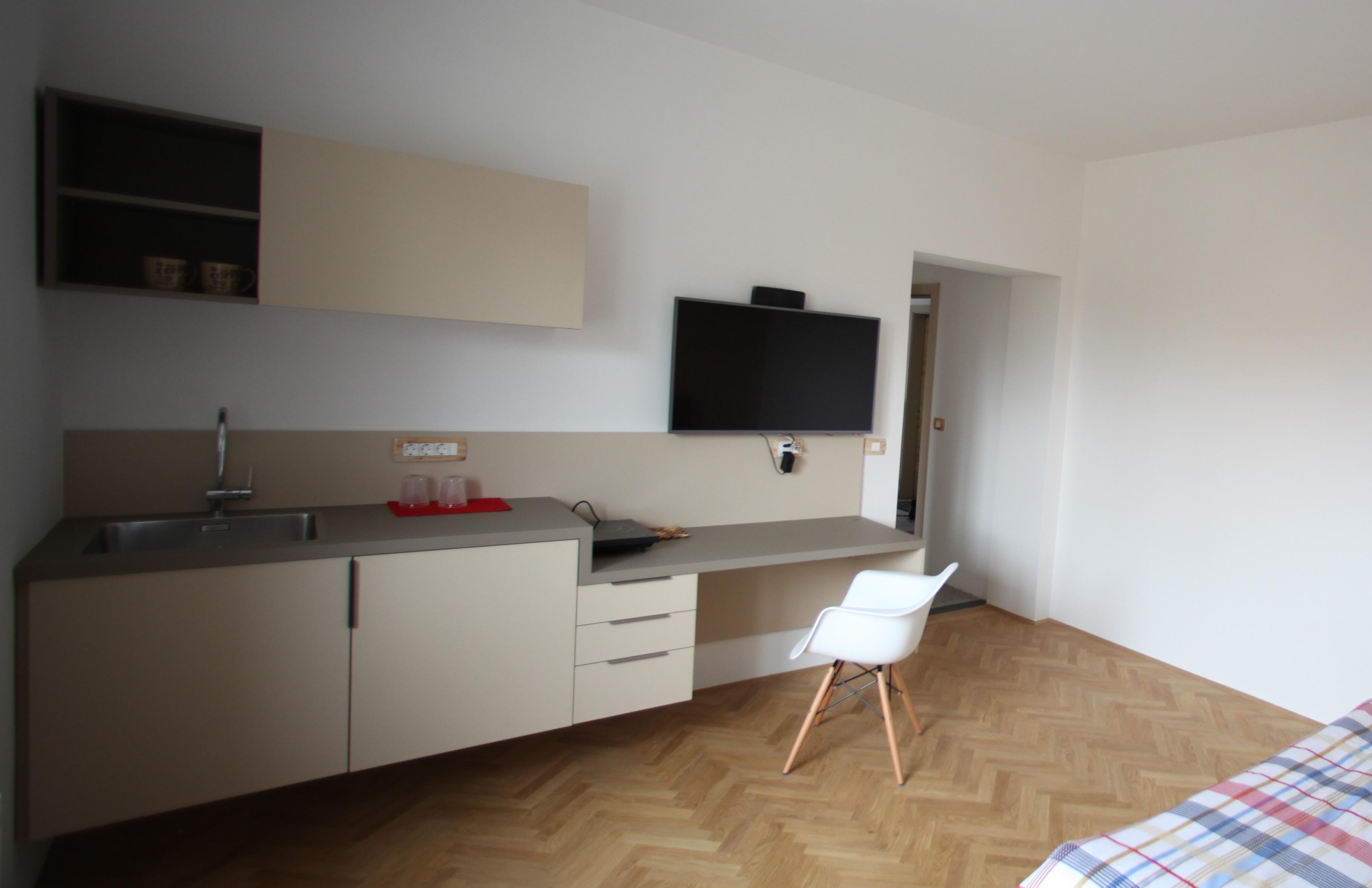 projekt: čajna kuhinja za apartma, Ljubljana